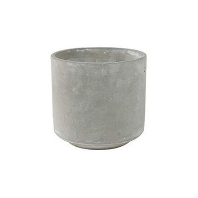 Cement plant pot with straight lines