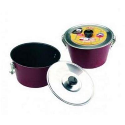 Charlotte Pudding Mould Red 1.15L 16cm from the Venus Range
