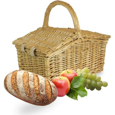 Traditional Picnic Hamper for 2 People