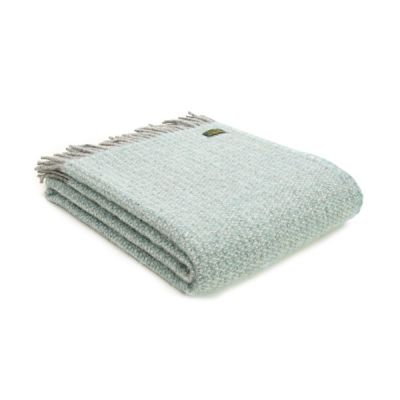 100% Pure Wool Blanket Illusion Design in Spearmint and Grey